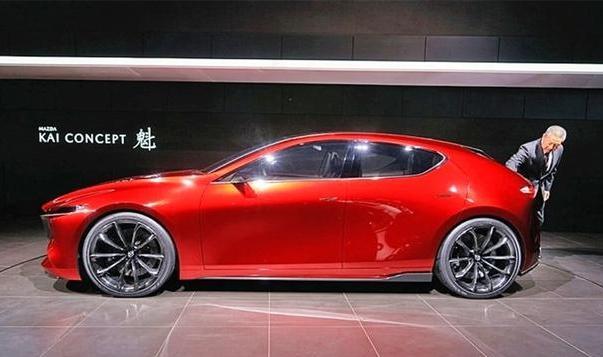 马自达火了!新车颜值爆棚,搭载二代创驰蓝天发动机,油耗仅3.