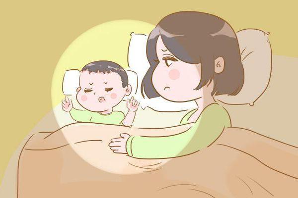 妈妈爱干的这4件事,很容易损伤宝宝视力,你中招了吗?