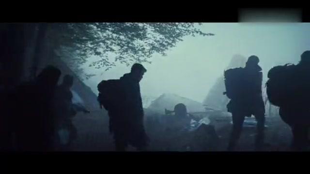 敢死队2:居然有狼?不用怕!史泰龙直接拔枪,俩狼崽儿瞬间就跑