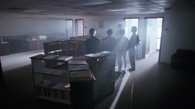 逃学威龙2:星爷办理入学,达叔竟然是教导主任,还打了星爷一棍