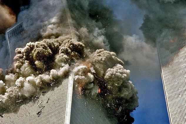 世贸南楼的末日,回顾美联航UA175航班9.11冲撞世贸中心恐袭事件