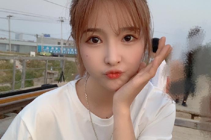 偶像女团BEJ48刘姝贤美少女可爱写真美照