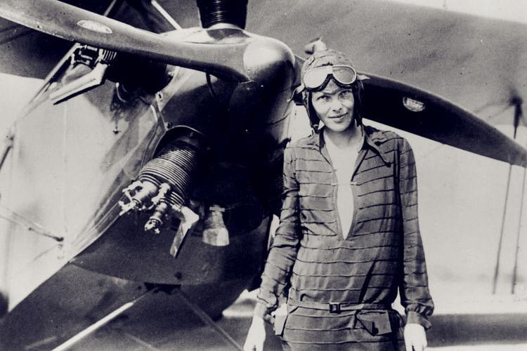 她是世界最传奇女飞行员 1937年飞越太平洋失踪 73年后遗骸被发现