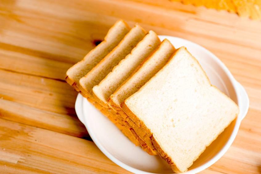 平时买面包需注意,这几种面包猫腻多,价格贵还不健康