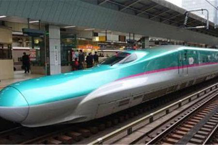 """为何日本高铁是""""鸭嘴兽"""",中国高铁却是子弹头?中国人太聪明了"""