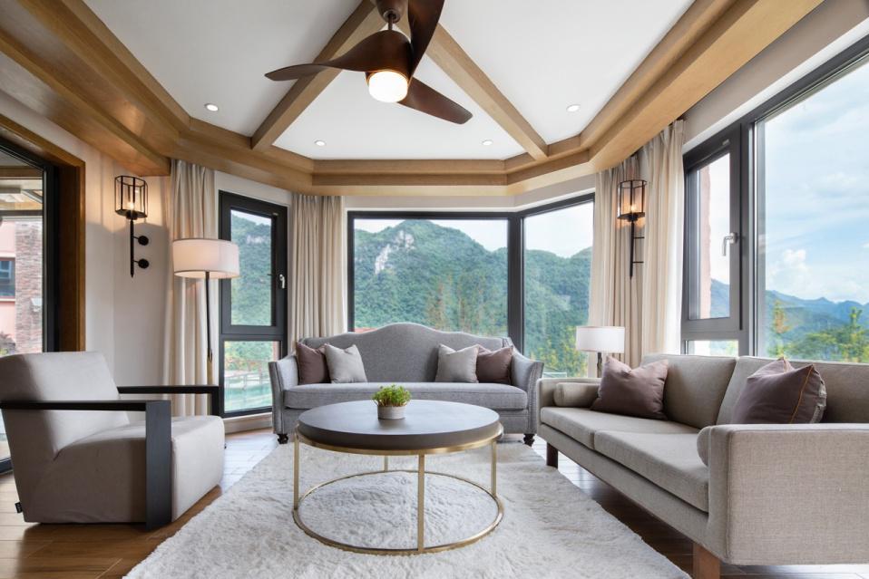740平米美式度假别墅,与森林为伴,足不出户就能做有氧运动