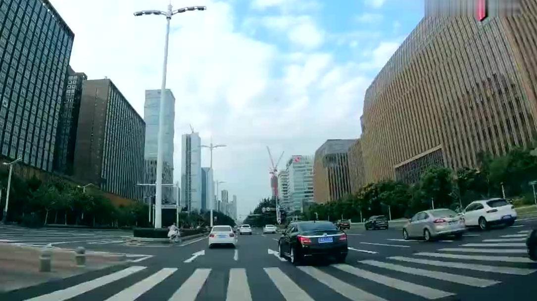 中国历史上非常重要的一座城市,如今是江苏省会,经济实力很强!