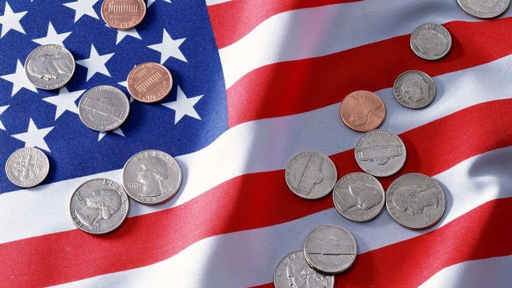 美国经济要凉?制造业放缓,美联储降息,总统真的着急了!