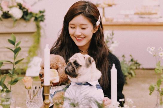 《天雷一部之春花秋月》:21岁的赵露思,遇见更好的自己