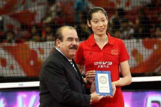 女排这两人厉害,19岁成为世界冠军,不是郎平,也不是朱婷