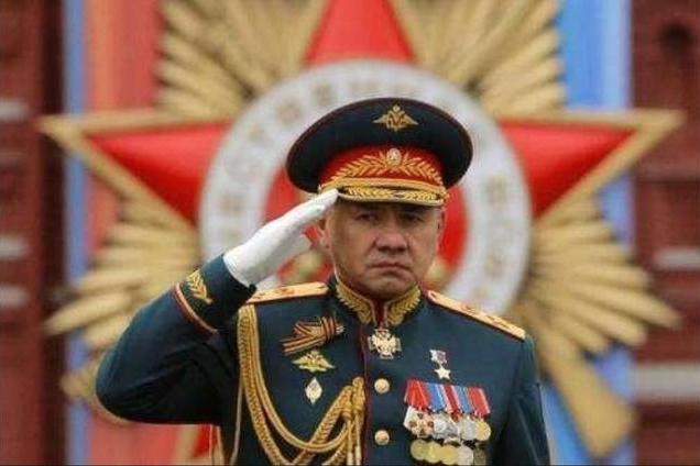 3000架战机轮番逼近俄国挑衅,俄防长下令:敢越境就直接开火!