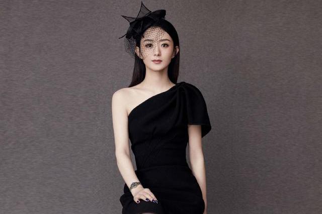 赵丽颖礼服大赏,各种风格轻松驾驭,颖宝也算得上是百变女郎了