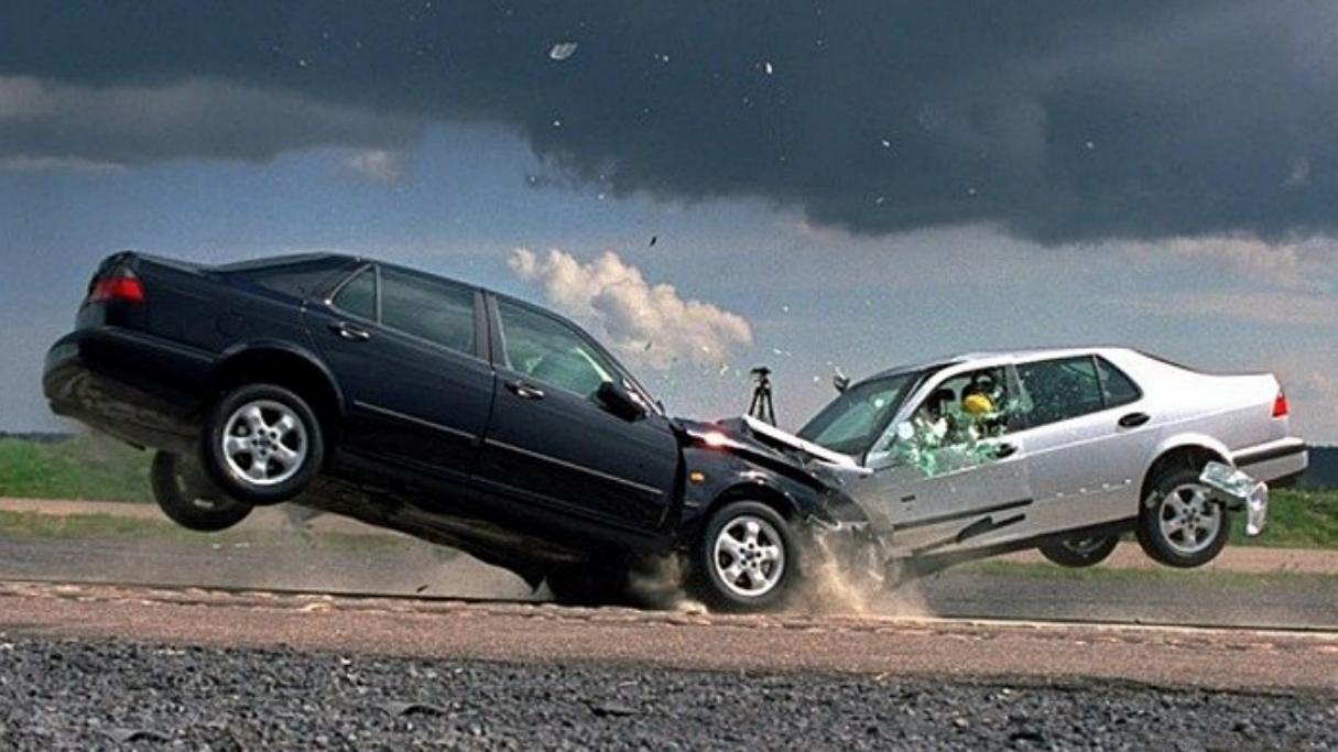 交警提示:车险只买这3种就行了,其他就是免费给保险公司送钱!