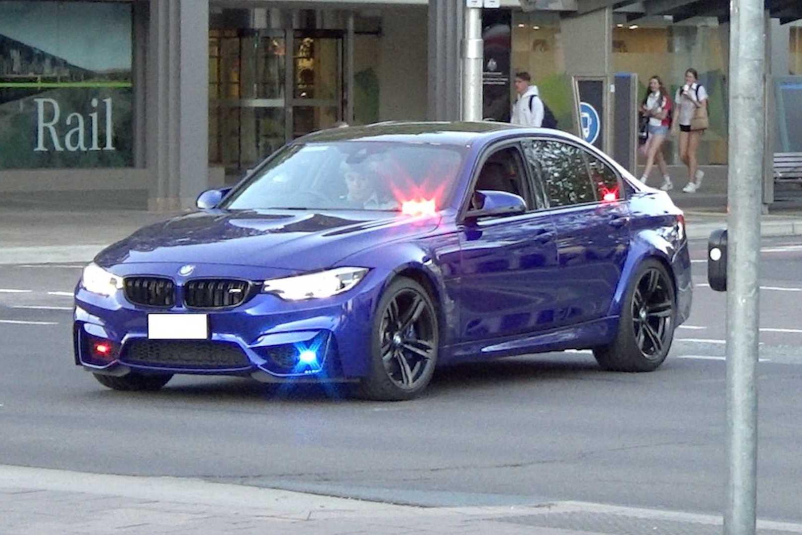 酸了,澳大利亚警队再填宝马M3警车