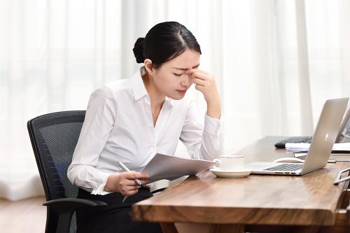 如何缓解长期加班造成的眼部疲劳?