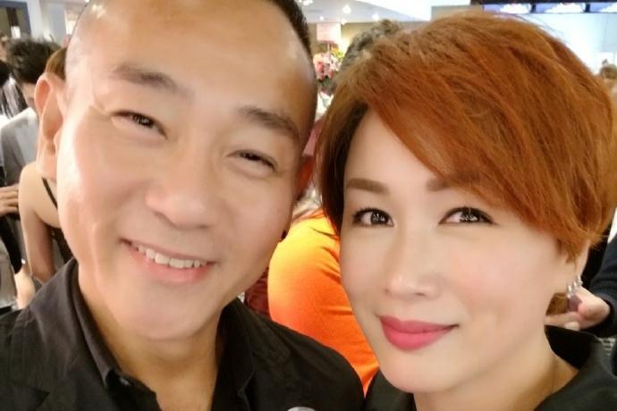 香港笑星刘晓彤退圈后变幸福人妻,曾因乱讲是非和宣萱反目成仇
