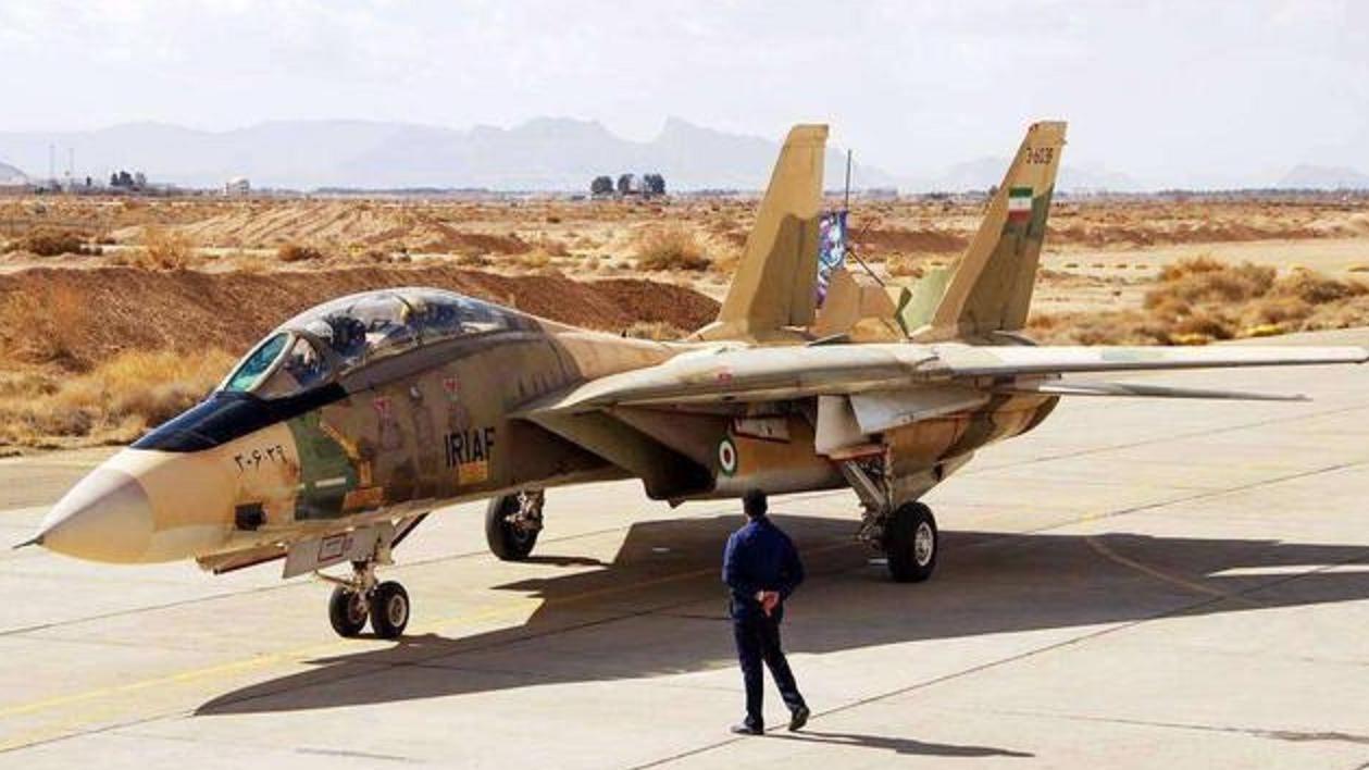 大战爆发前夕一架美制战机在伊朗境内坠毁飞行员情况令人担忧