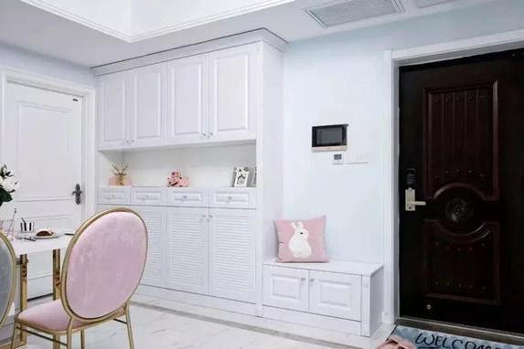 不管户型如何,都应有个好看又实用的家居鞋柜,还是多功能型的