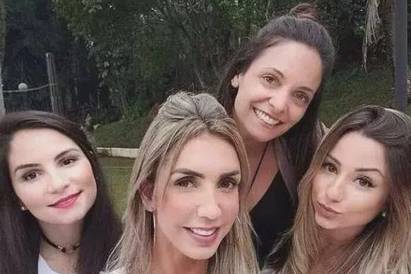 """巴西女排身材有多好?塔伊萨凭""""球""""爆红,被誉为体育界卡戴珊"""