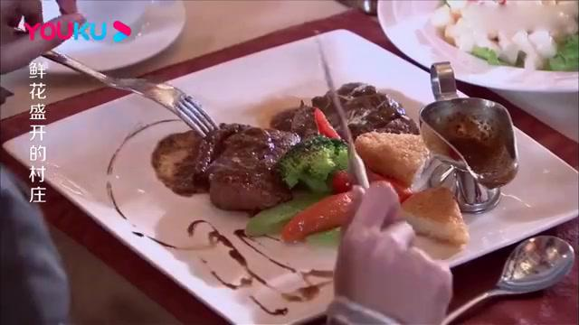 搬砖小伙请美女吃饭,竟可以签单,下秒小伙说出身份后美女懵了!