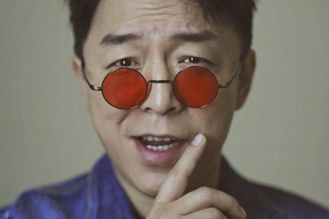 黄渤,从酒吧驻唱到知名演员,人生可以有很多个转折点