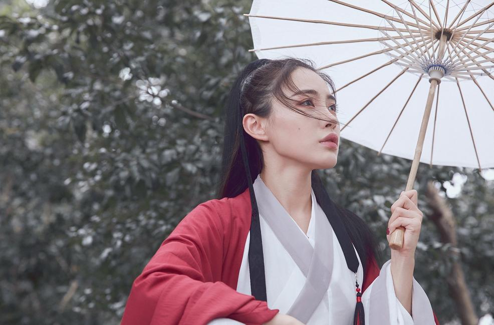 SNH48古风女孩戴萌 唯美风格脸上黑痣煞风景