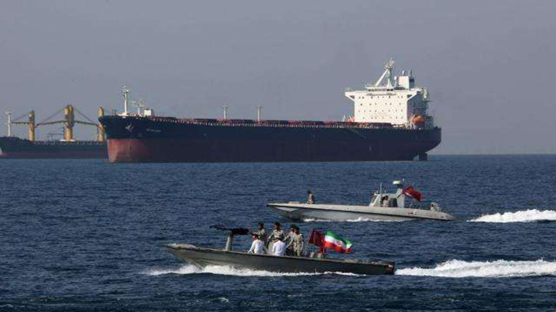 中东海峡响起尖锐警报 舰长下令瞄准敌舰 战争进入最后倒计时
