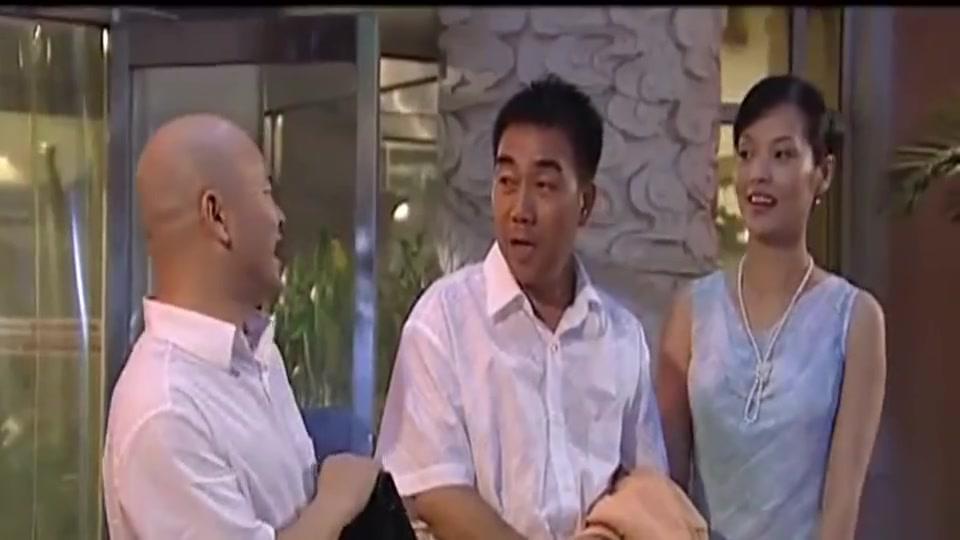 杨光的快乐生活:小伙还怎是不信邪,这怎么看有钱人都不顺眼
