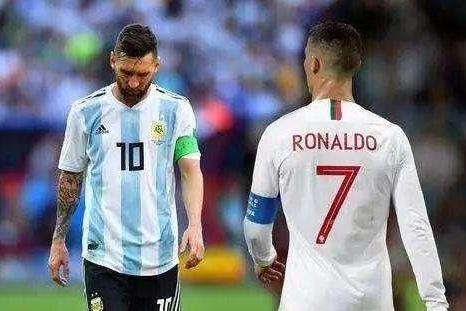 现在的梅西在国家队的荣誉全面落后C罗, 将来有追上C罗的可能吗?