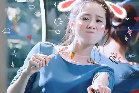 为什么吴奇隆这么宠爱刘诗诗?看她怎么刷牙就知道了!