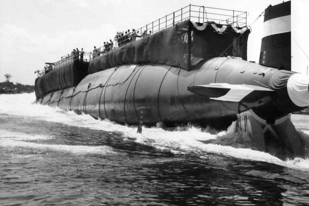 """美国海军""""呕心沥血""""之作发生重大事故,潜艇上120多人全部遇难"""