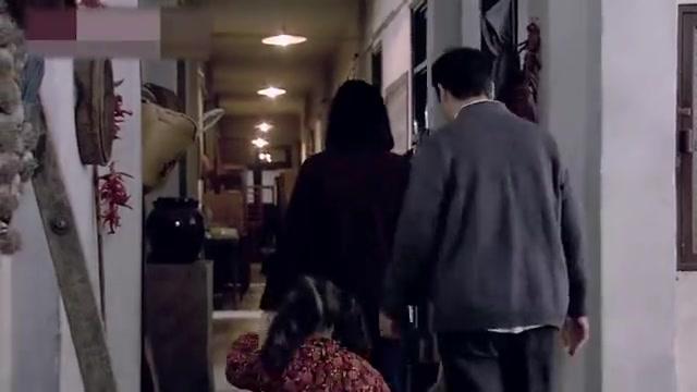金婚:文丽挺着大肚子会娘家,一进家就有人接,待遇太好了