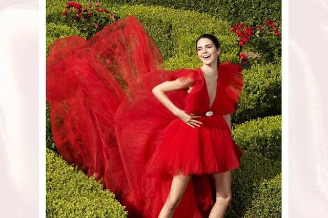 超模Kendall亲身示范,Giambattista Valli×H&M限量红色长裙