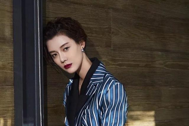 娱乐圈传奇母女车晓王丽云:留不住爱,离婚后却活成单身女人范本
