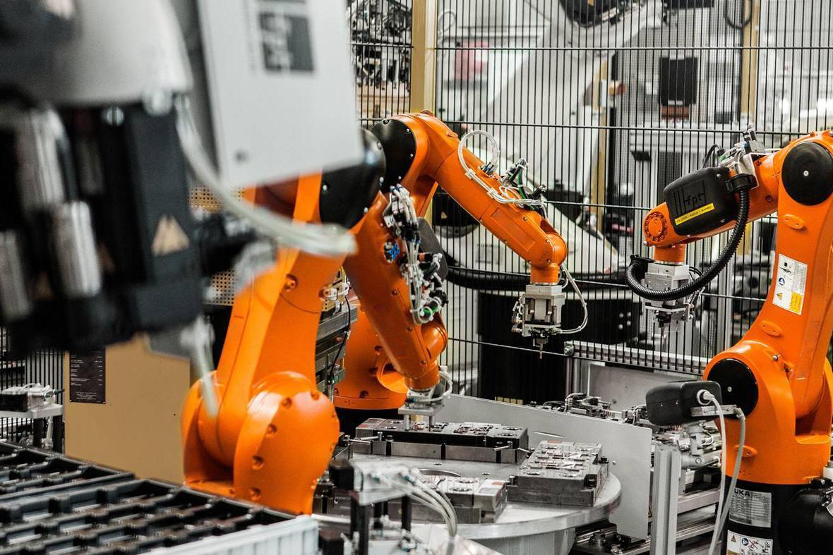 中国的制造业规模已远超美国、日本、韩国,那和欧盟28国相比呢?