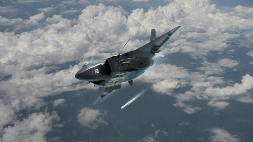 中国歼20战机没有装备机炮,导弹一旦打完了怎么办?今天算明白了