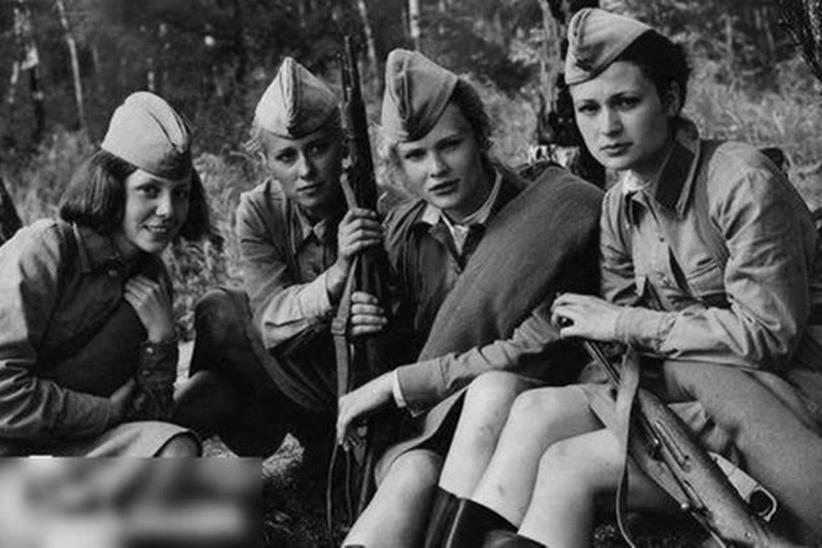 马卡洛娃在二战中枪杀上千名同胞,为何30多年后苏联才处死她