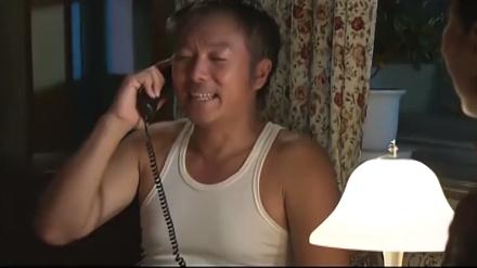 老头为了攀比竟,然连夜打电话给儿子,你到底什么时候带我进城住