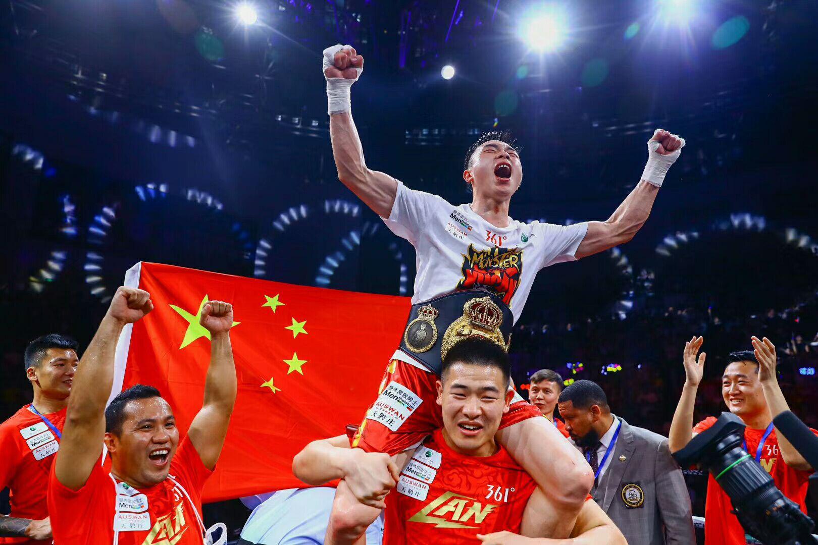 徐灿二次拳王卫冕战定了!11月美国迎来拳击世家罗伯斯三世的挑战