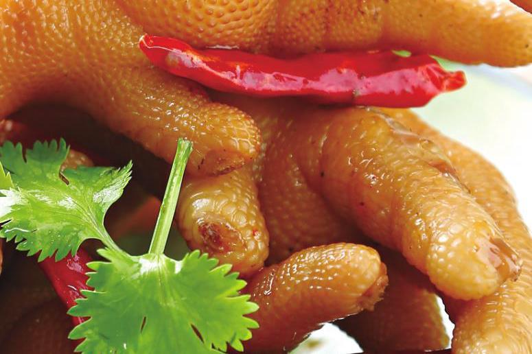 这才是鸡爪最好吃的做法,入味好吃,做法还简单,过年就这么做