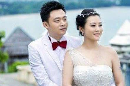 40岁郝蕾近照,二婚老公比邓超李光洁还帅,双胞胎儿子一模一样