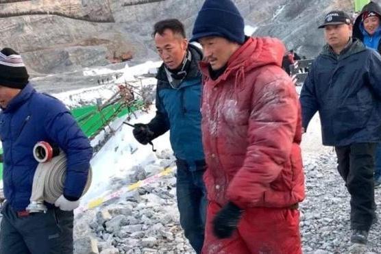 吴京跑到高峰上拍新片,他被冻哭了,这次拍摄困难重重!