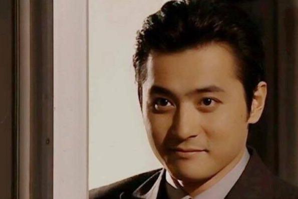 她们长了一张言情小说的脸,张东健霸道总裁范儿,刘亦菲就是仙女