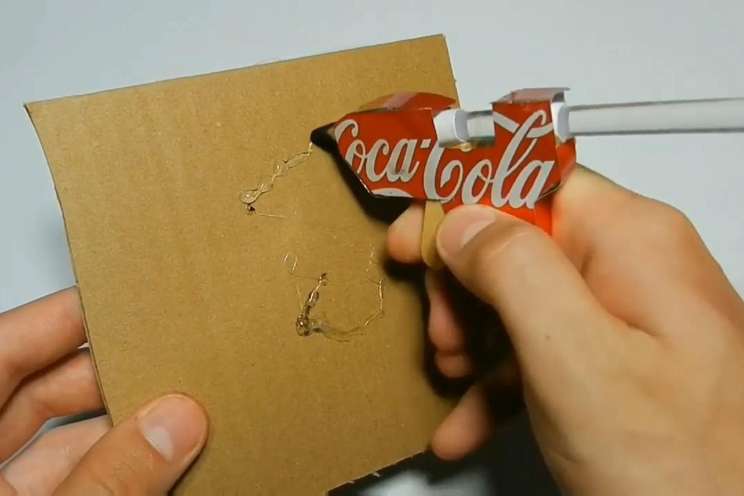 创意手工DIY,看看如何制作热熔胶棒玩具的方法,非常简单!