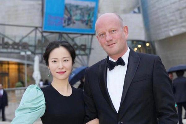 尴尬!江一燕自称获建筑大师奖,奖项创始人辟谣:她什么都没拿到
