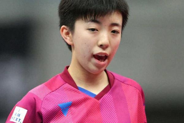 日本14岁天才曾学拳击!狂砍4连胜,淘汰张本美和,剑指伊藤美诚
