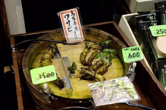 都说云南菜奇怪,日本的菜市场,更是让人看懵了