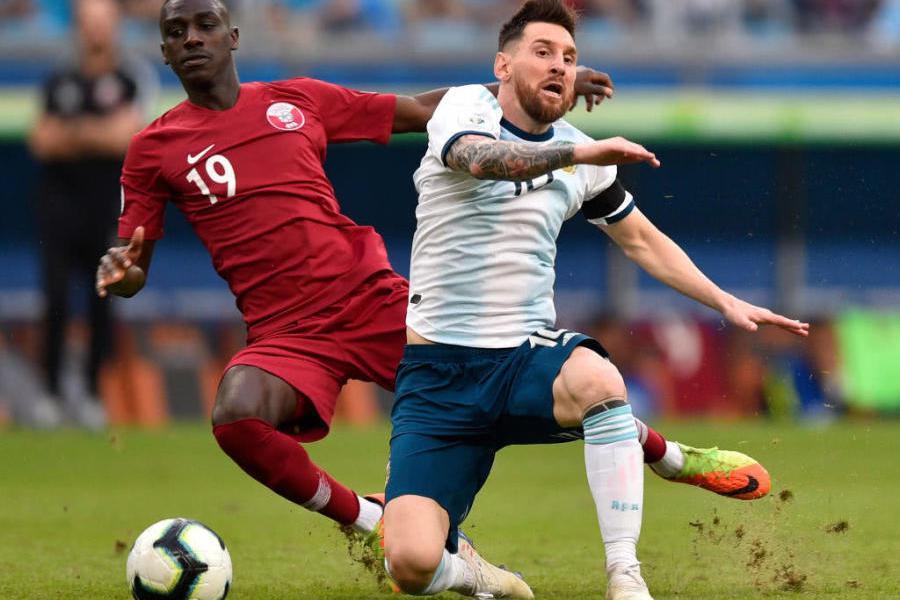 阿根廷终于找到赢球方式,梅西:必须有人做出牺牲