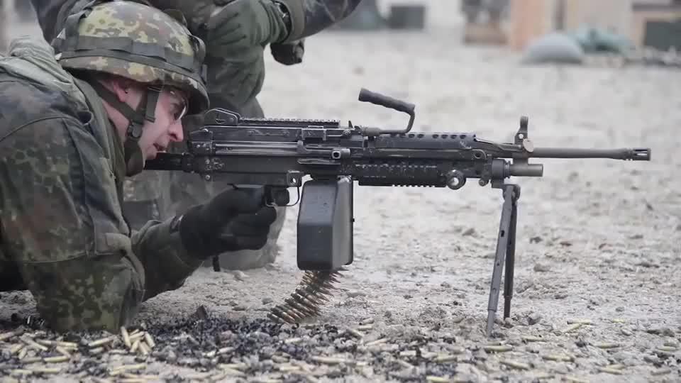 3D打印技术显神通 协助美军生产F22零配件 有望大幅降低维护成本