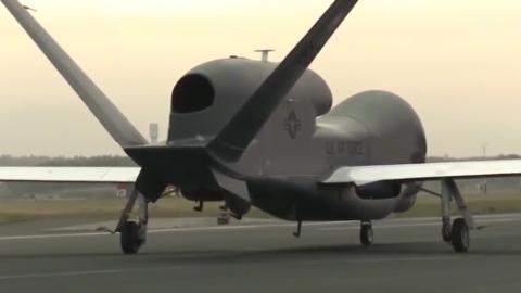 美国军方影视资料:RQ-4全球鹰侦察机